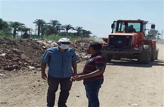 رفع 10 أطنان مخلفات في حملة استهدفت منطقة الحزام الأخضر بالأقصر