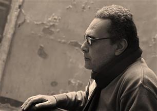 الروائي خالد إسماعيل: أتوقع إقبالا كبيرا من الشباب على معرض الكتاب