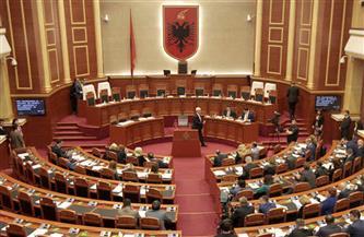 البرلمان الألباني يبدأ في إجراءات اتهام الرئيس إيلير ميتا بالتقصير
