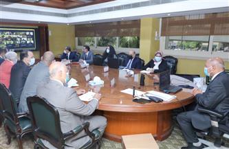 وزير النقل: مشروعات الطرق والكباري يتم تنفيذها بتمويل وطني وشركات مصرية