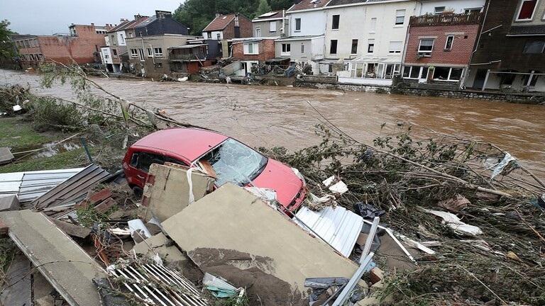 ألمانيا اتهام امرأة ببيع تبرعات عينية تلقتها من مساعدات ضحايا الفيضانات