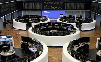 الأسهم الأوروبية تغلق مرتفعة مع تعافي السلع الأولية