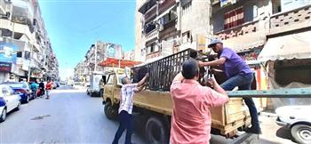 3 حملات لإزالة التعديات من شوارع وسط الإسكندرية