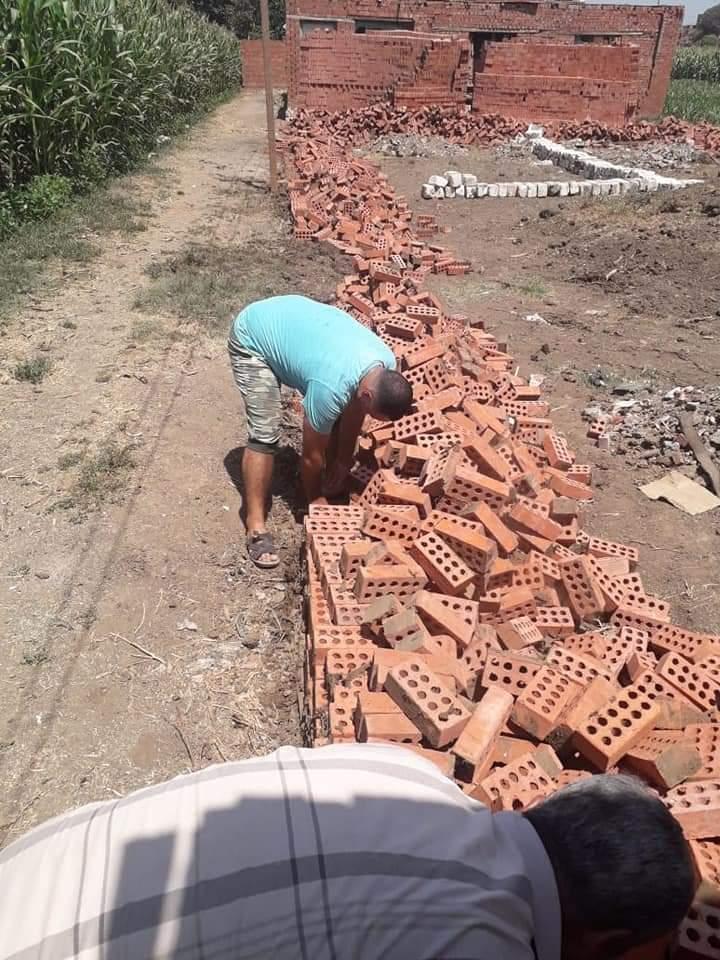 إزالة فورية لحالة تعدي علي الأرض الزراعية بالمنوفية