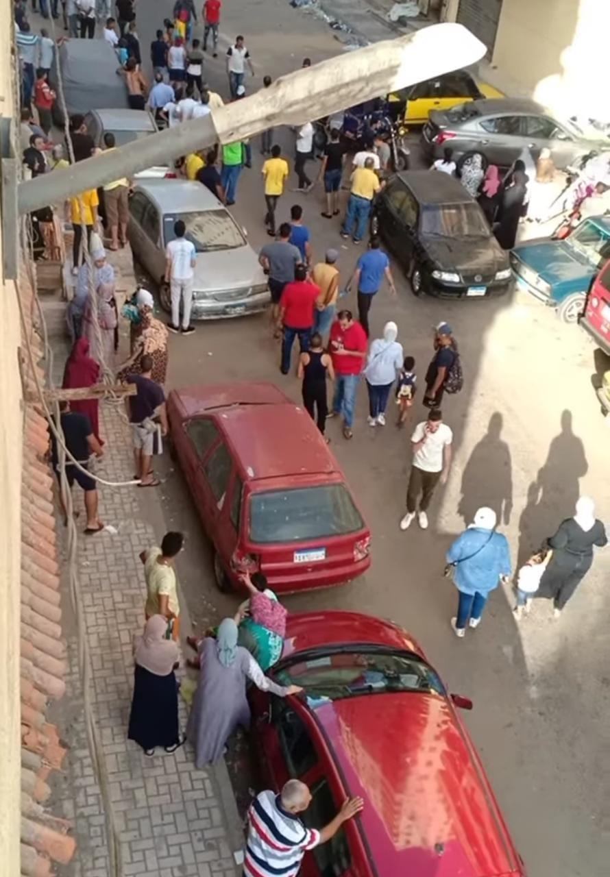 إخلاء عقار مائل مكون من 16 طابقًا وسط الإسكندرية