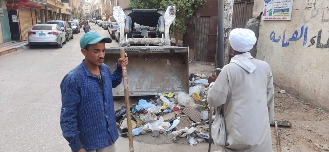 حملات النظافة بشوارع حي شرق سوهاج