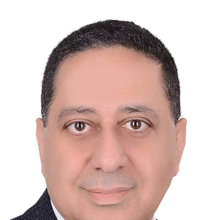الدكتور أحمد عبد الخالق