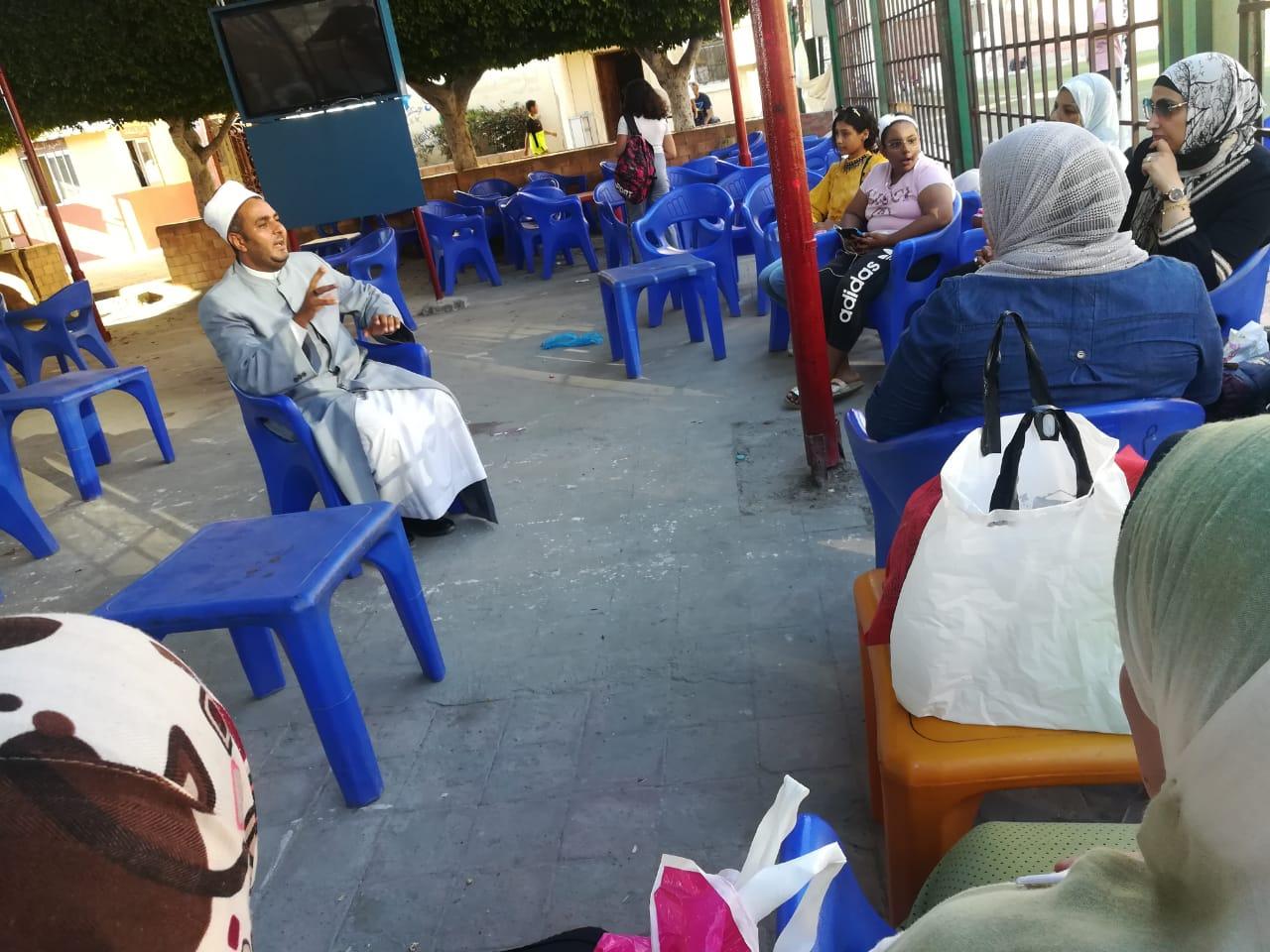 أمانة الدعوة بـ البحوث الإسلامية : تواجد مكثف لوعاظ الأزهر بمدن الجمهورية لدعم حملة الترابط الأسري