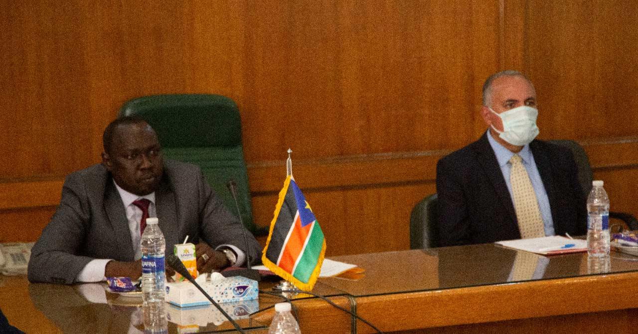 اجتماع وزير الري يناقش مع نظيره لجنوب السودان