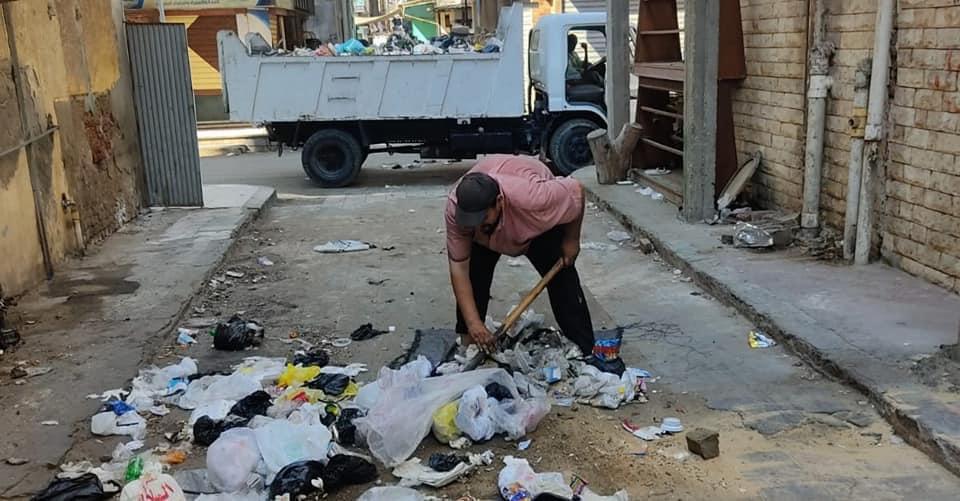جانب من حملة النظافة