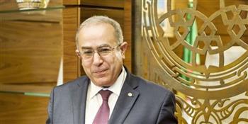 وزير-الخارجية-الجزائري-توجيهات-الرئيس-تبون-بمد-جسور-التواصل-مع-الجالية-الجزائرية-بالخارج