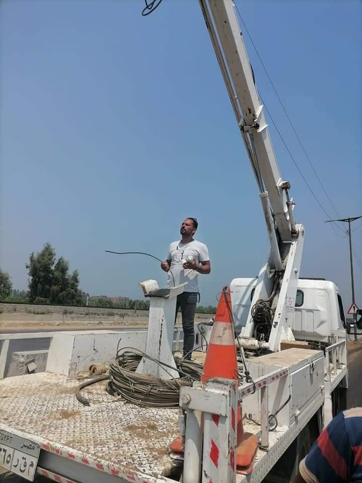 صيانة كشافات طريق (القاهرة - الإسكندرية)