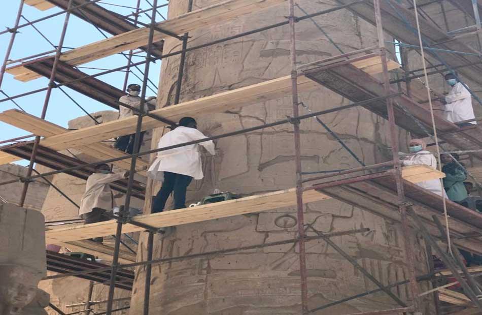 ترميم صالة الأعمدة الكبري لمعبد الكرنك