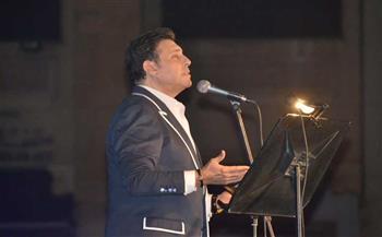 """استقبال حافل لـ""""هاني شاكر"""" في حفله بالأوبرا.. والفنان يفتتح وصلته بأغنية """"بلدي يا بلدي""""  صور"""