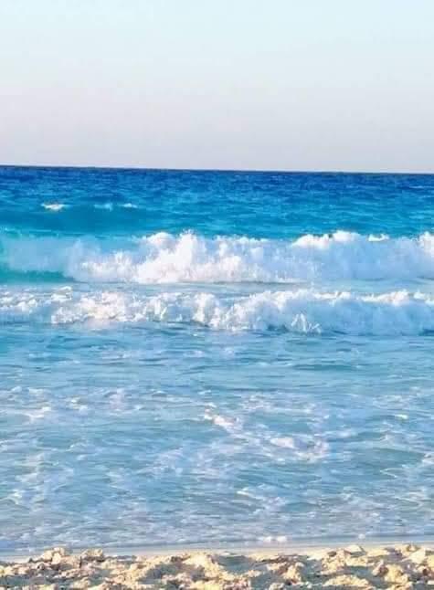 جانب من غلق الشواطئ