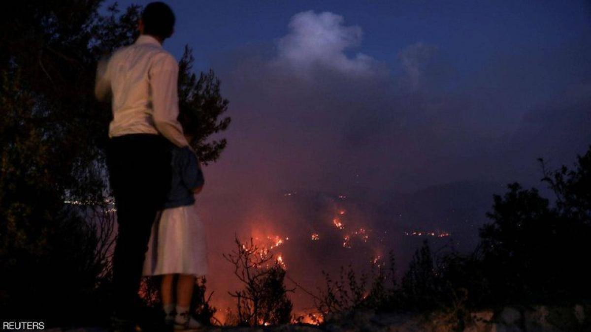 حكومة الاحتلال الإسرائيلي تطلب مساعدة دولية لمكافحة حريق غابات غرب القدس