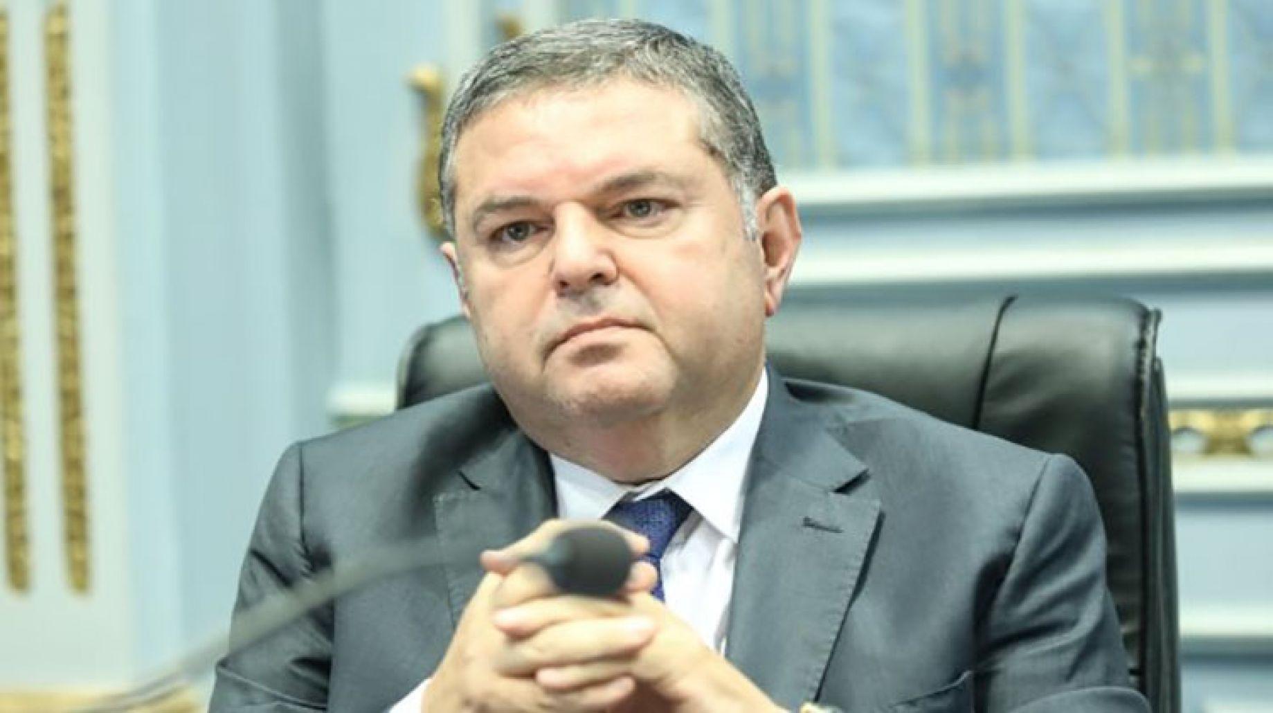 وزير قطاع الأعمال يكشف موعد طرح أسهم ;مصر لتأمينات الحياة; بالبورصة