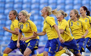 السويد تواجه كندا في نهائي كرة القدم للسيدات بأولمبياد طوكيو