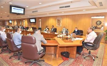 محافظ أسيوط يستقبل وفد برنامج التنمية المحلية.. ويعقد اجتماعًا لمناقشة الخطط والمشروعات صور