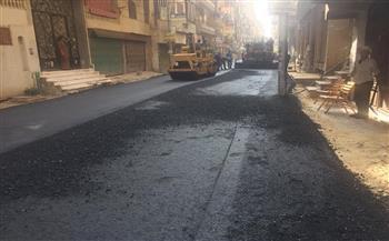 رئيس حي غرب المنصورة يتابع ترميم ورصف ورفع كفاءة الشوارع