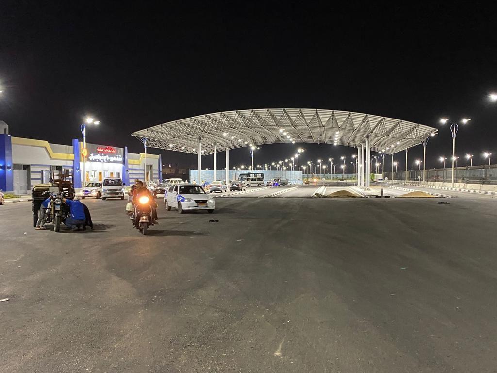 منفذ الحي الإماراتي الجديد على طريق محور ٣٠ يونيو
