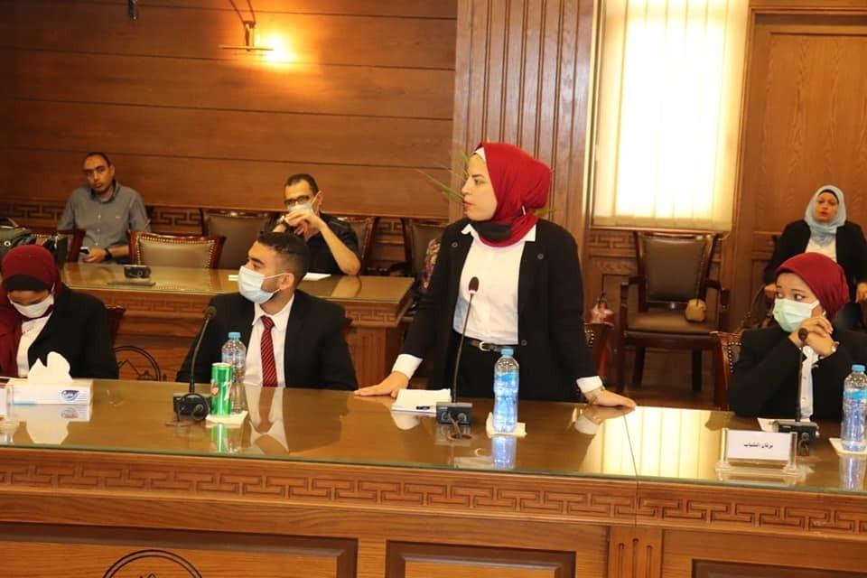 محافظة الجيزة تنظم جلسة محاكاة لبرلماني الطلائع والشباب