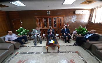 محافظ-شمال-سيناء-يستقبل-وفد-الأعلى-للجامعات-لتفقد-مبنى-كلية-الطب- صور