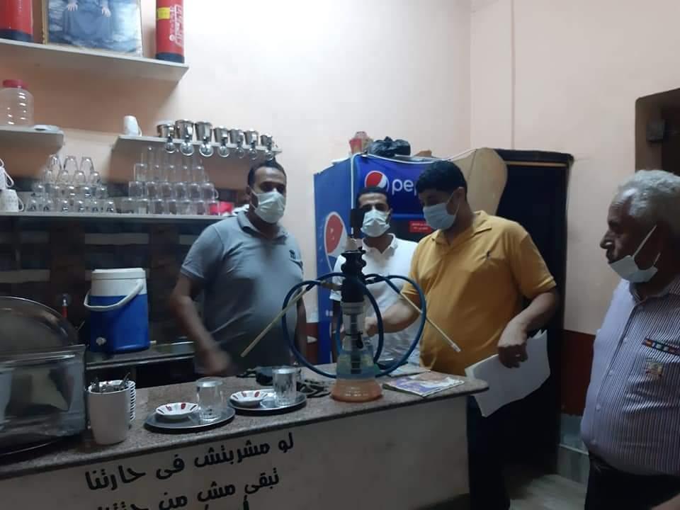 تحرير  محاضر وتنفيذ  إزالات إدارية بحملة لمتابعة تطبيق الإجراءات الاحترازية في المنيا