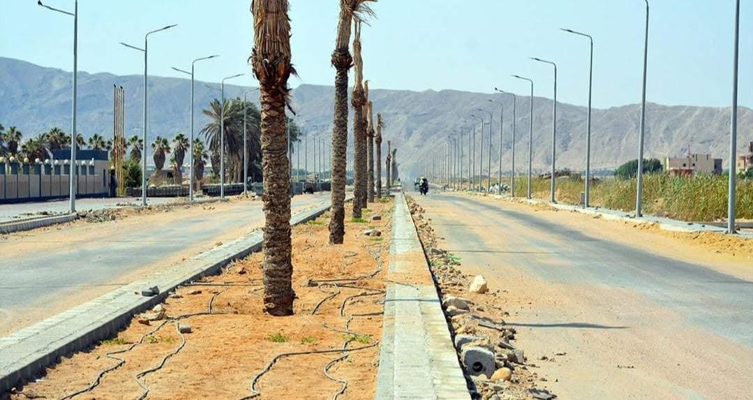 اعمال تطوير طريق حمام موسي بطور سيناء