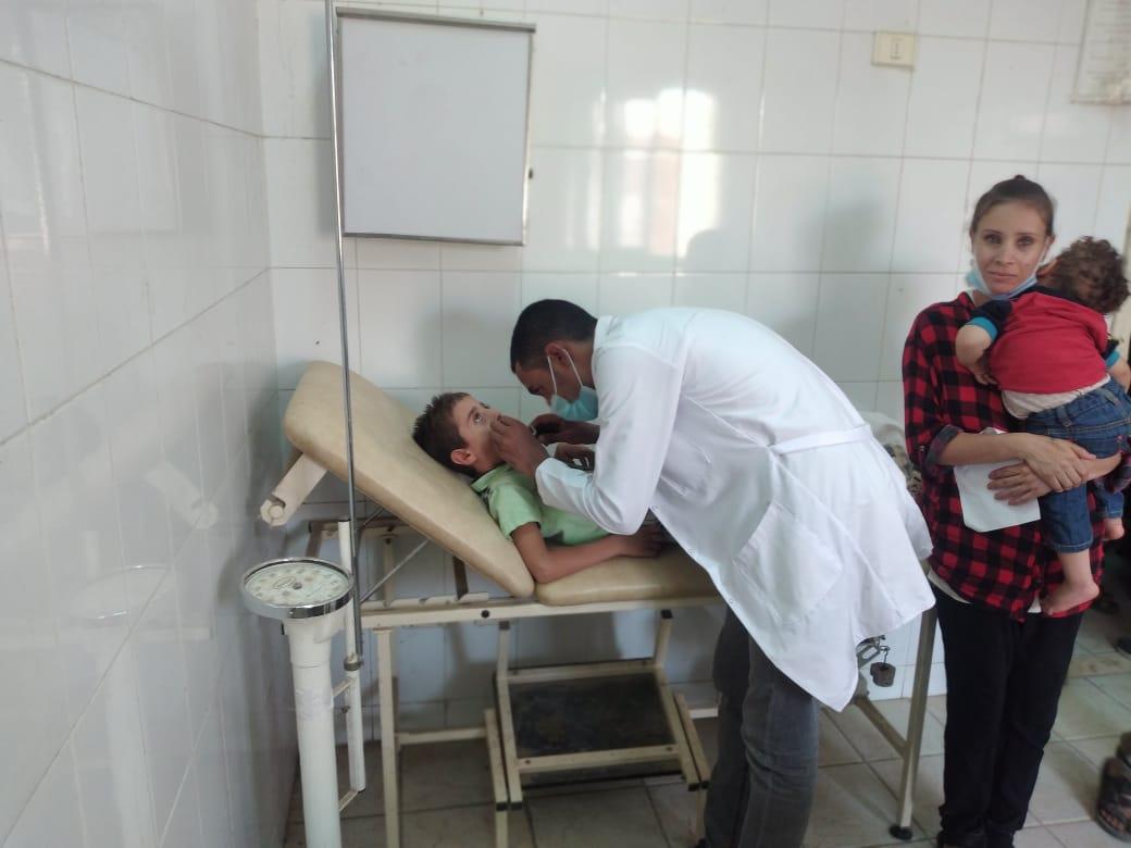 قافلة طبية بقرية كوم إشقاو بطما
