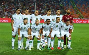 الفيفا-يعين-طاقم-تحكيم-غاني-لإدارة-مباراة-الجزائر-والنيجر