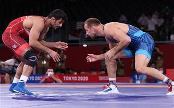 الأمريكي-تايلور-يتوج-بذهبية-المصارعة-الحرة-وزن--كجم-في-طوكيو