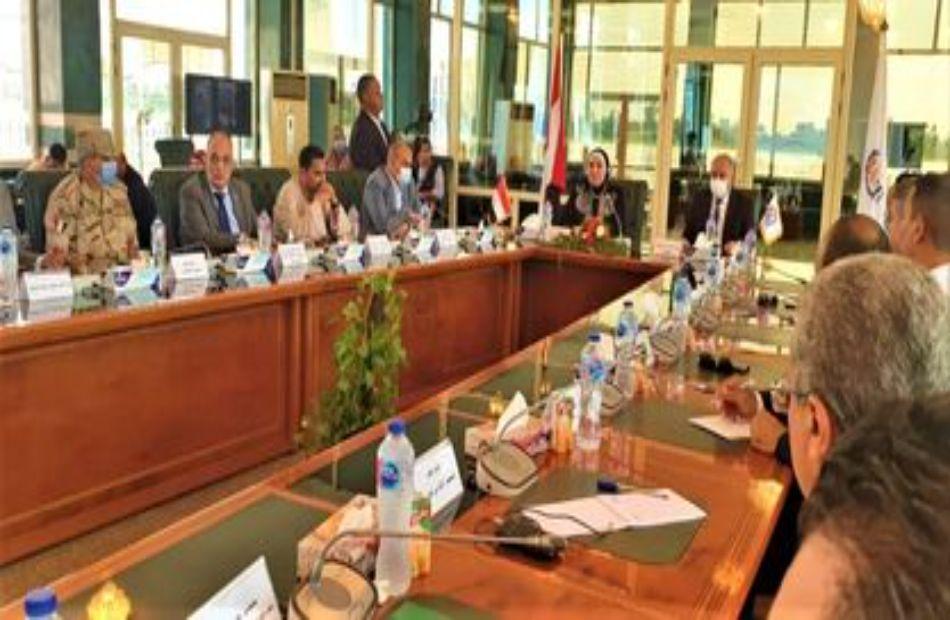 النائب أشرف رشاد يطالب بمزيد من الحوافز أمام المستثمرين لجذبهم للاستثمار في نطاق الصعيد