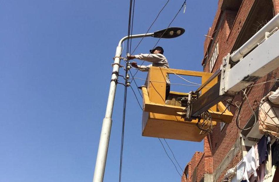 حملة لرفع كفاءة الإنارة العامة في شوارع حي أول طنطا