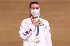 الأمريكية-فالنتي-تتوج-بذهبية-منافسات-أومنيوم-للدراجات-على-المضمار-بأولمبياد-طوكيو