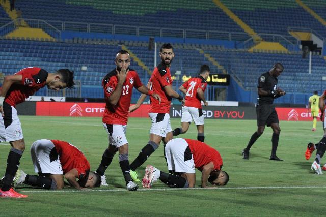 أخبار الأهلي تقرير طبي لجهاز المنتخب المصري يتضمن حالة ;أفشة وشريف;
