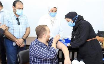 مواصلة-تطعيمات-فيروس-كورونا-بجامعة-السويس- صور