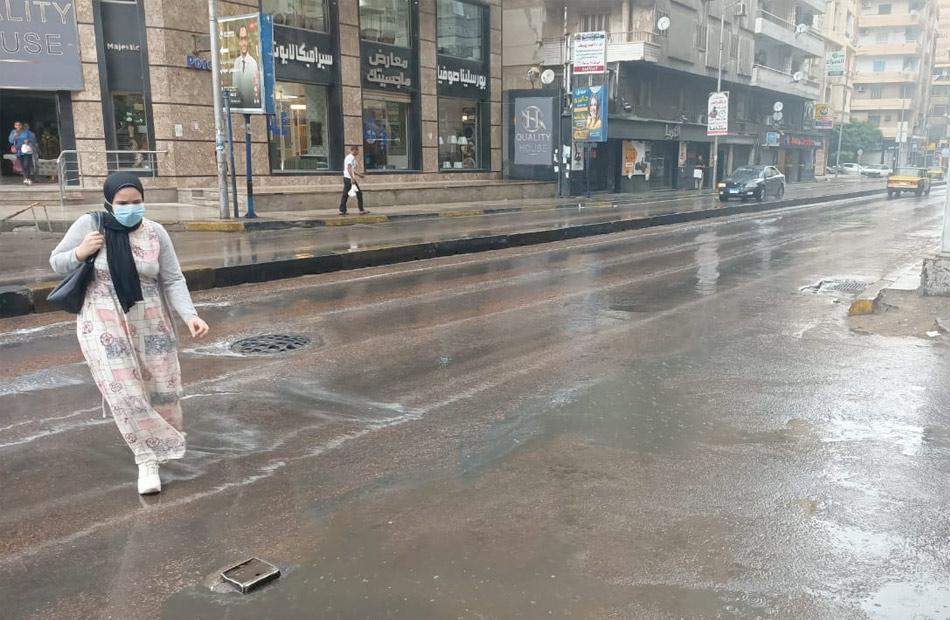 أمطار وغيوم تضرب أنحاء متفرقة من الإسكندرية  صور