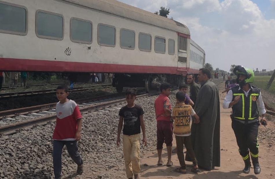محافظة الشرقية حادث قطار الزقازيق أسفر عن  إصابات