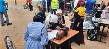 قافلة-طبية-من-جامعة-كفر-الشيخ-تعالج-المرضى-بقرية-الجزيرة-الخضراء-بمطوبس-|-صور-