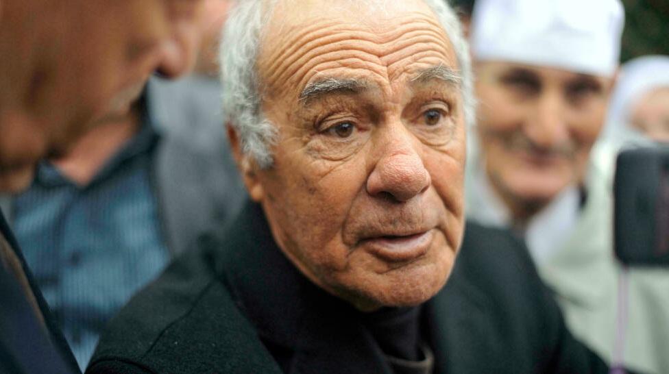 وفاة ياسف سعدي بطل ;معركة الجزائر; عن  عامًا