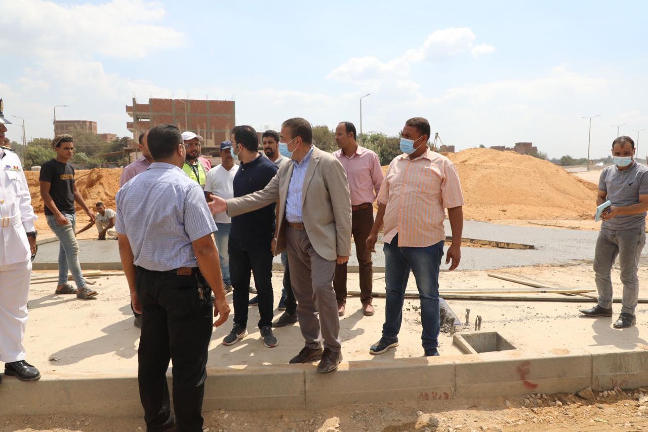 محافظ المنوفية يتفقد أعمال التطوير بميدان الإسعاف | صور