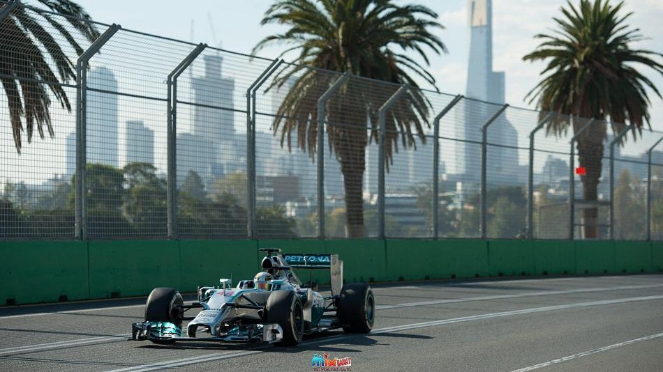 الأسترالي ريتشاردو يفوز بسباق الجائزة الكبرى الإيطالي
