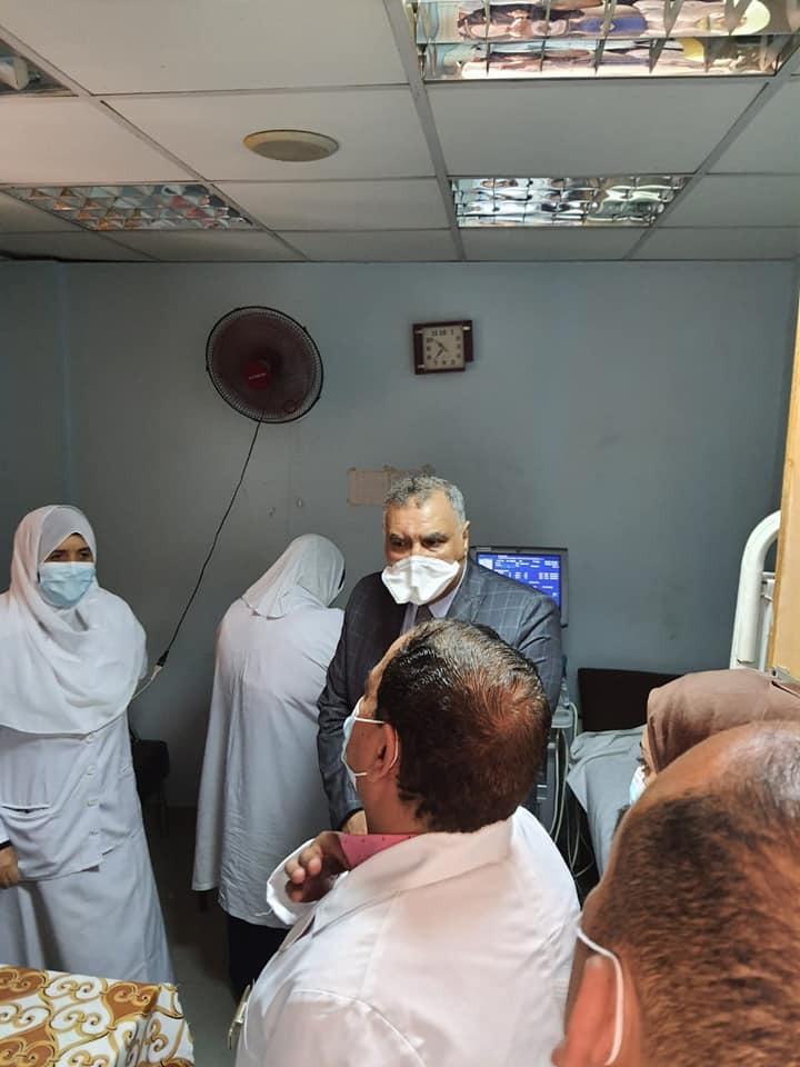 مدير الطب العلاجى بصحة الغربية يتابع الخدمات والرعاية بمستشفى السنطة