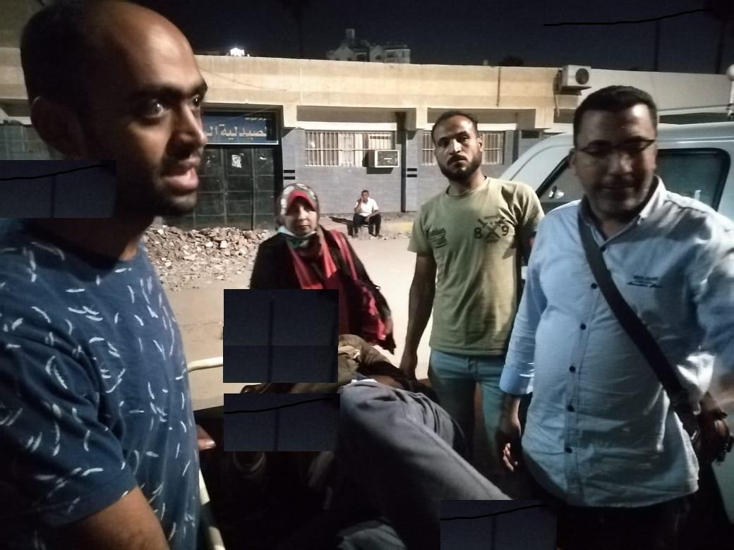 محافظ كفر الشيخ يوجه بنقل شاب لدار إيواء ويشيد بفريق ;مجتمع بلا مشردين;  صور
