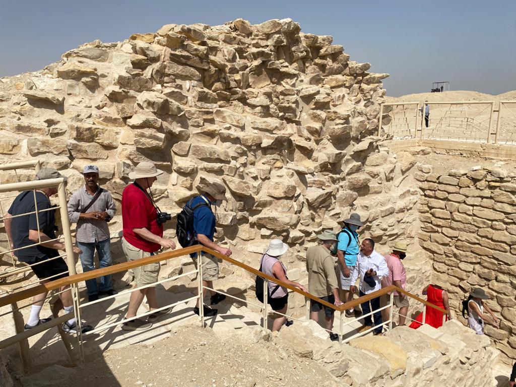 ;الأعلى للآثار; المقبرة الجنوبية للملك زوسر تقع في الركن الجنوبي لمجموعته الجنائزية بسقارة  صور