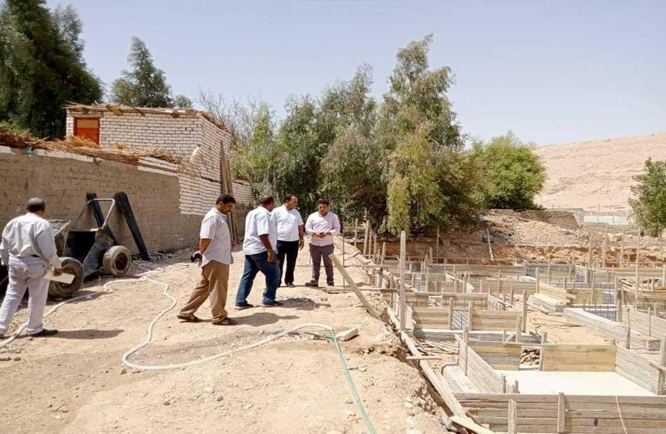 رئيس مركز ساقلتة يتابع مشروعات حياة كريمة لتطوير الريف المصرى   صور
