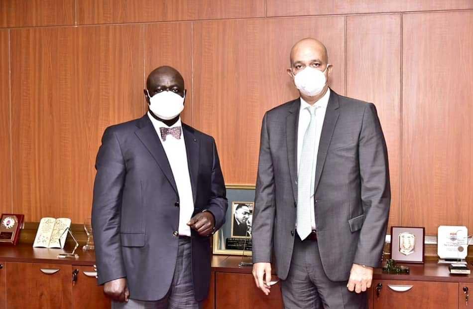 السفير أشرف سويلم يؤكد لرئيس البرلمان الأوغندي أهمية دعم عمل الشركات المصرية بأوغندا صور