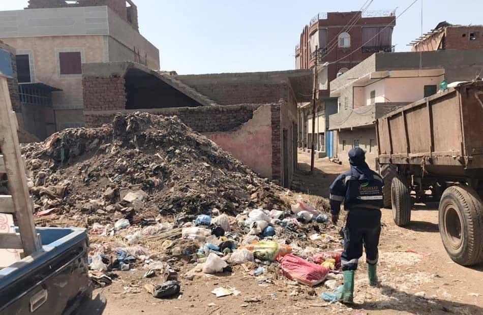 رفع  طن مخلفات من مركز دمنهور في البحيرة