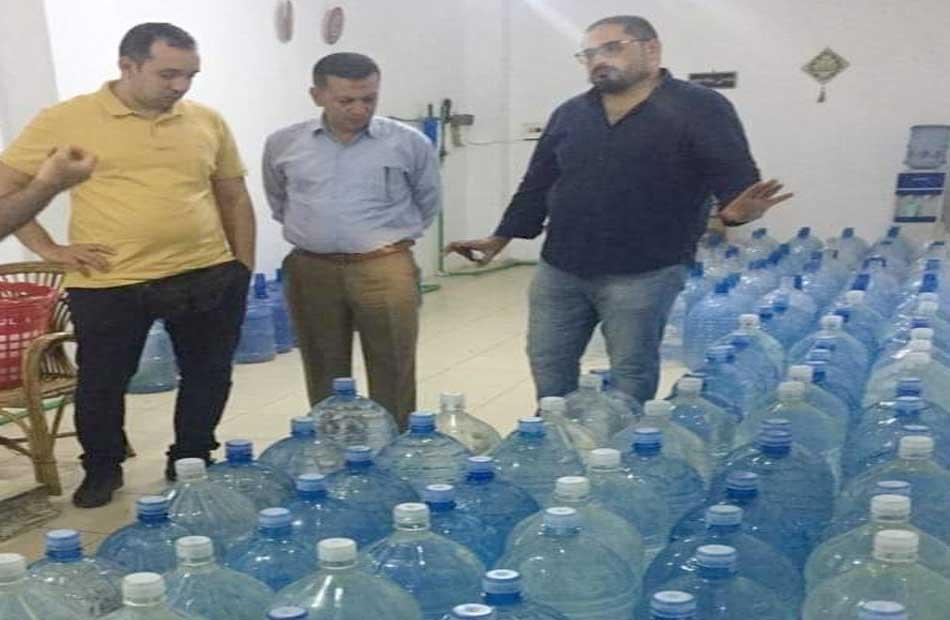 ضبط  أطنان مياه معبأة مجهولة المصدر بمحطات غير مرخصة بشرم الشيخ
